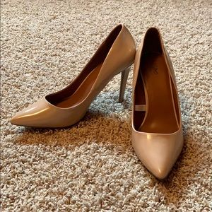 Mossimo Supply Co Nude Pumps